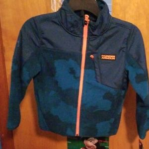 BOYS SIZE 5 UNDER ARMOUR  STORM JACKET